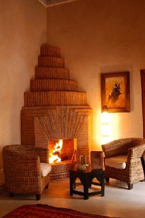 Une chambre sur 2 niveaux photo de riad shama marrakech - Comment fabriquer une fausse cheminee ...