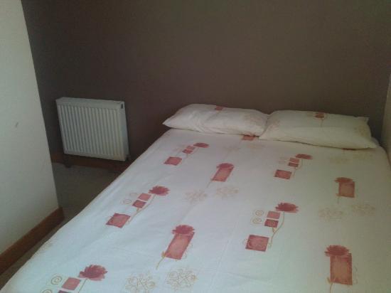 GR8 Escape Hotel : BOOK DIRECT TEL 01253 401491