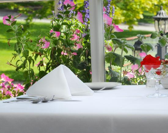 Telegraph House Hotel: Table Setting