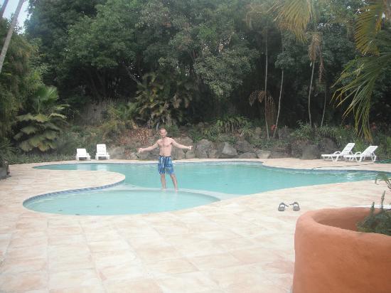 Hotel and Restaurant Bambu: The pool
