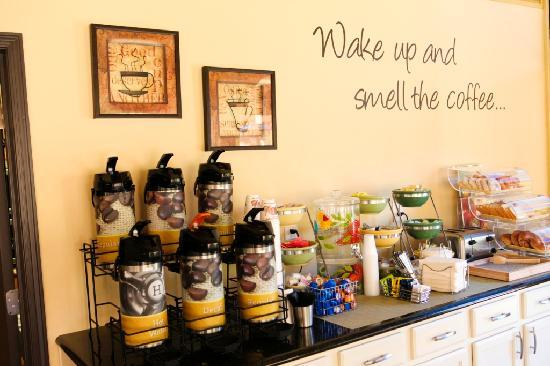 Red Lion Inn & Suites Tucson North Foothills: Wake up and smell the coffee!