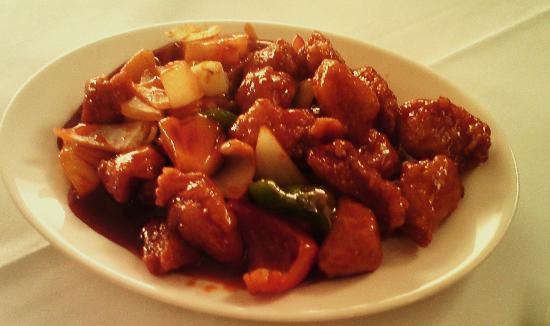 Four Seasons: Sweet & Sour Chicken