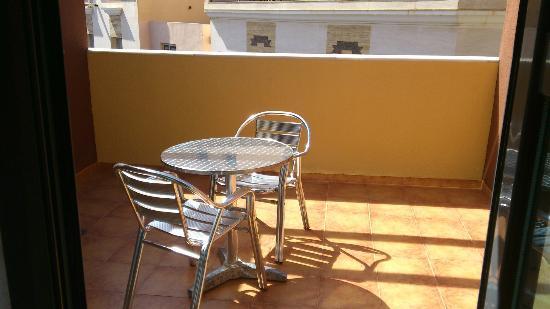 Aparthotel Bahia: Terraza