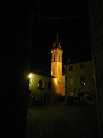Osteria da Sira e Remino : campanile