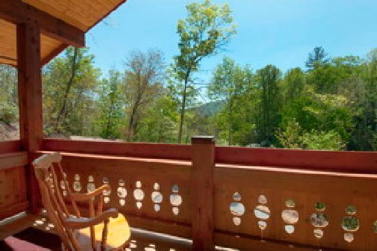 The Chalet Inn Bed & Breakfast: Balcony View