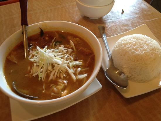 Pagan Restaurant : Samusa Soup