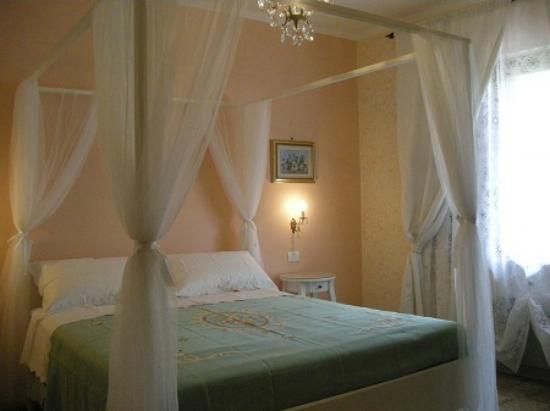 B&B Nonna Luisa: la chambre romantique