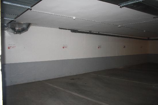 Alojamientos Calatrava: Parking Gratuito