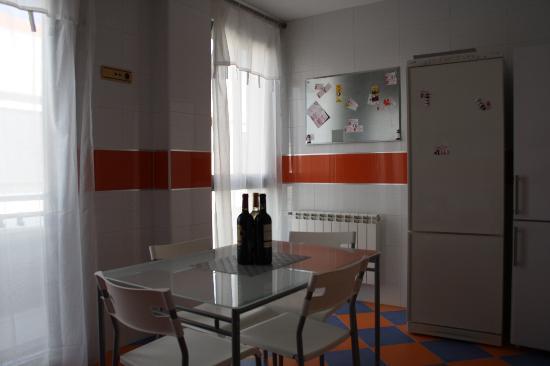 Alojamientos Calatrava: Cocina Office