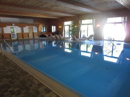 Alm- & Wellnesshotel Alpenhof: Indoor pool