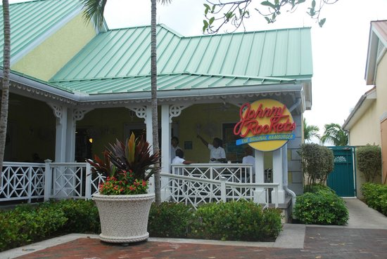 Johnny Rockets : Front of Restaurant