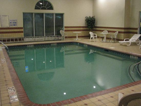 Country Inn & Suites By Carlson, Columbia: Pool