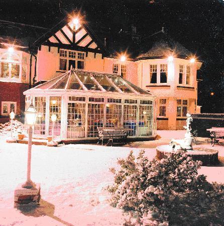 Manor Park Hotel