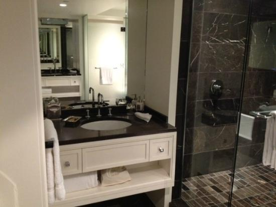 Rosewood Hotel Georgia: One of the his and hers vanities