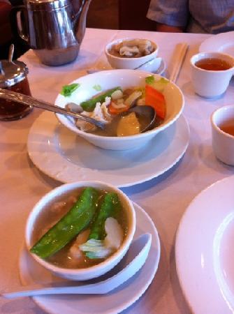 Golden China Restaurant: soup