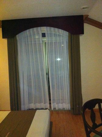 Hotel Dubrovnik: balcon habitación