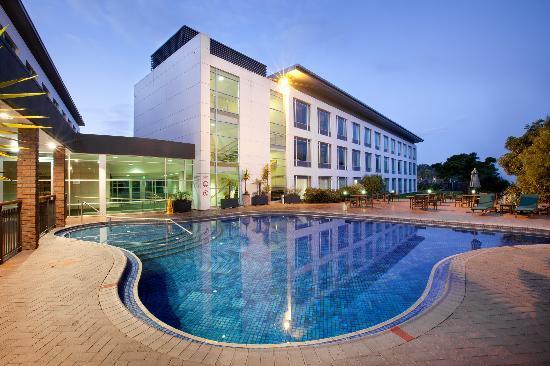 Holiday Inn Rotorua: Swimming facilities