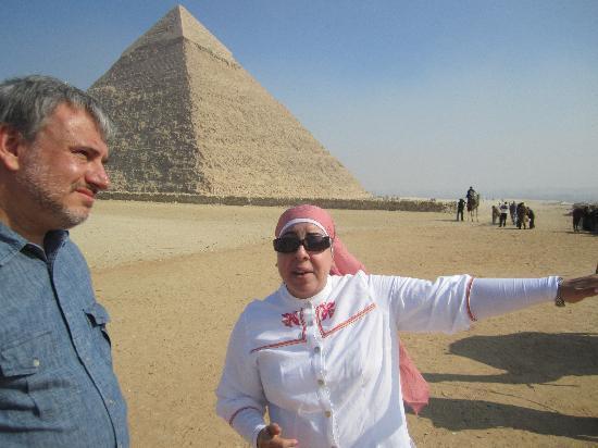 Egypt Daily Tours: Rasha showing me the sites