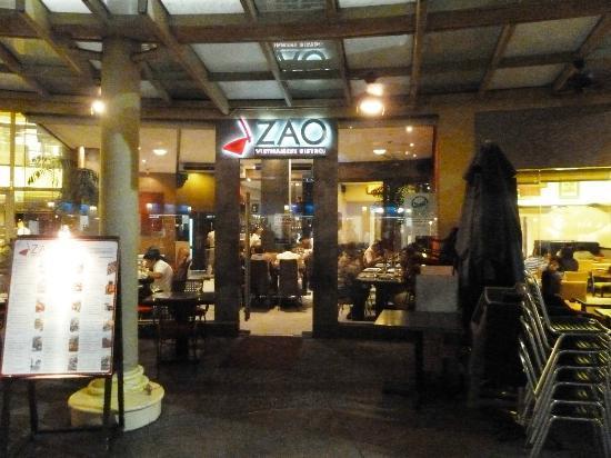 Zao Vietnamese Bistro: Entrance to Zao Bistro