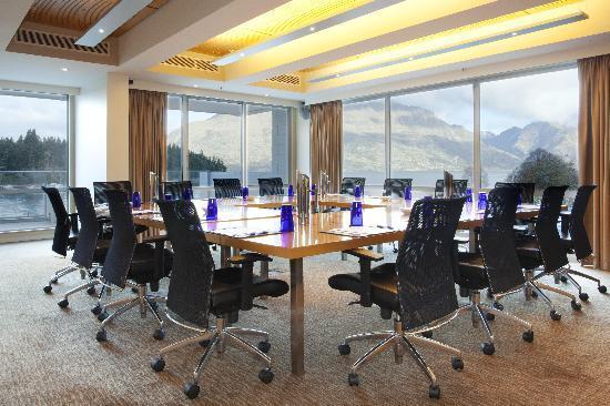 Crowne Plaza Queenstown: Boardroom
