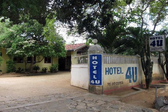 Hotel 4 U : Outlook of the hotel