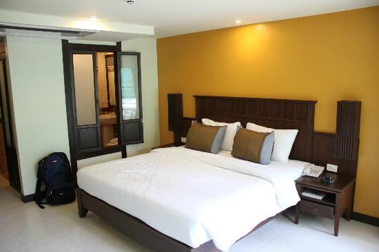 โรงแรมป๊อปปา พาเลซ: Delux Room