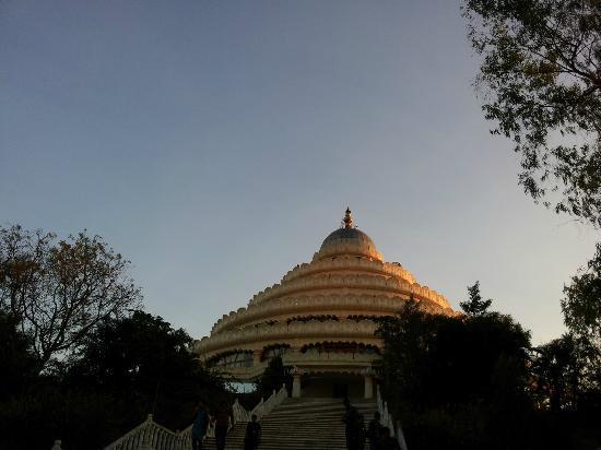 Art of Living International Center: Vishalakshi Mandap