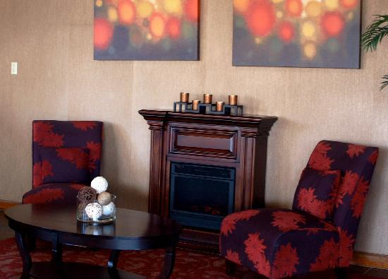 Ramada Odessa: One Of Three Lobby Sitting Areas