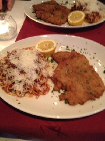 Barracuda: Veal escalope and spaghetti