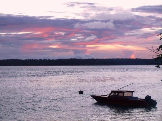 Tanta Moon Luxury Villas: sea