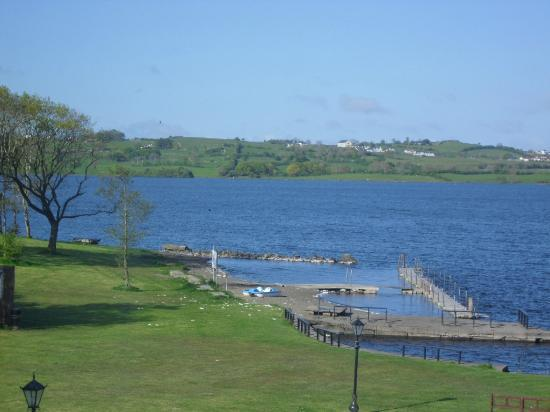 Lakeside Manor Hotel: Lake Ramor