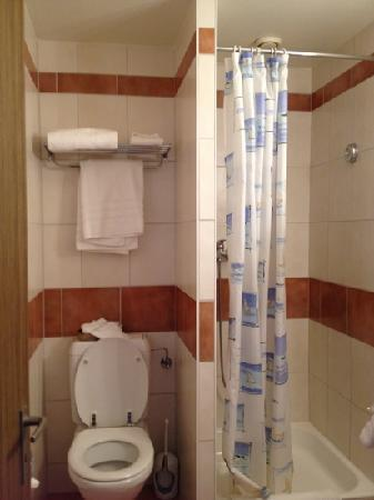 Hotel Aulac: bagno