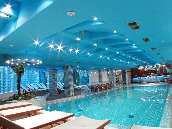 Hotel Park: Swimming pool