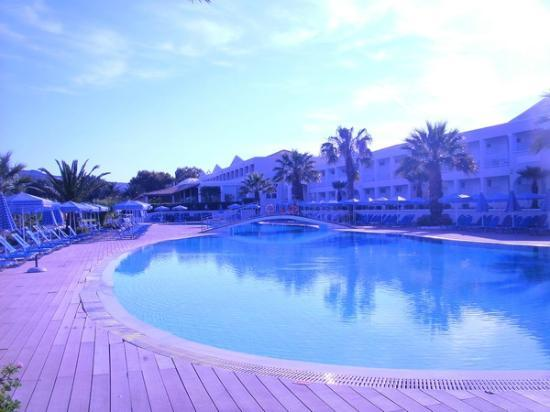 Sandy Beach Resort: Am Ruhepool