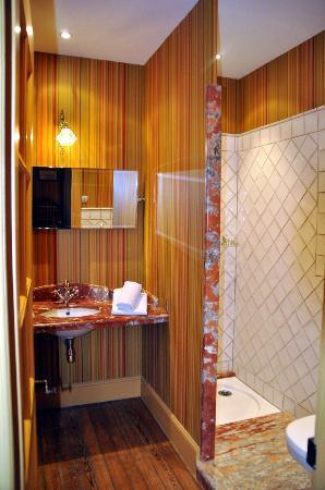 Demeure Saint Louis: unser Badezimmer