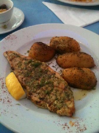 Rozafa: Swordfish with potatoes