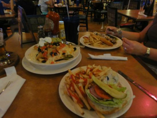 Triple 7 Brewpub: How much food!!!