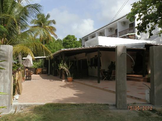 Le M Hotel Marie Galante: L'entrée de la Souricière en cours de finition