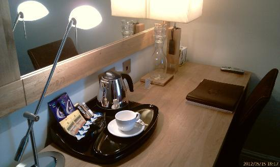 The Frenchgate Restaurant & Hotel: Tea Coffee provisions