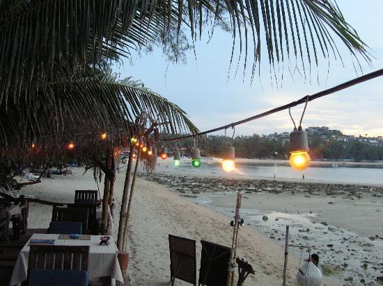 Kirati Beach Resort: Beach