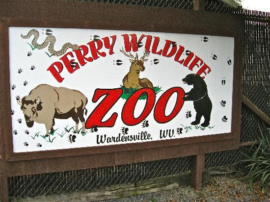 Wardensville, WV: Sign in front of the Zoo