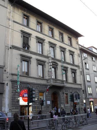 Aurora Hotel: The hotel