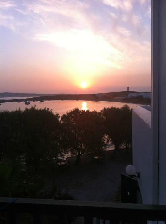 Kalypso Hotel & Apartments: sunrise from my balcony