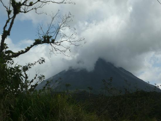 Arenal Observatory Lodge & Spa: No. Not erupting but atmospheric