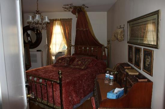 The White House Bed & Breakfast
