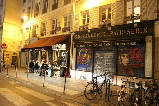 Hotel Le Compostelle Le Marai : our block