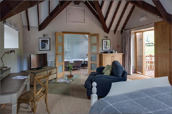 Tudor Farmhouse Hotel: The Loft