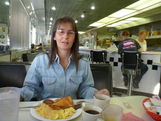 Oak Tree Inn Alpine: la colazione al diner