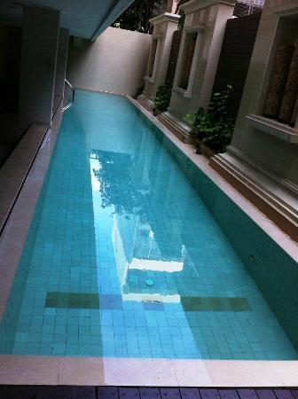 Saladaeng Colonnade: Swimming Pool