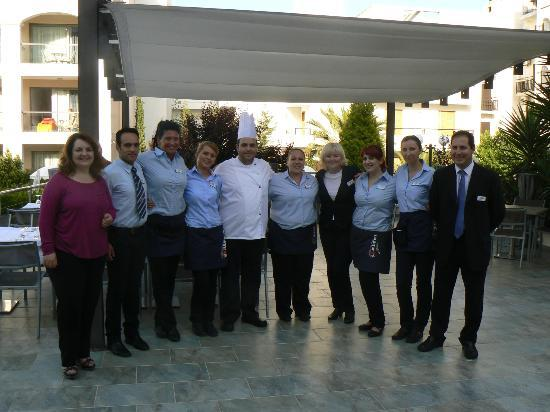 Albatros Spa & Resort Hotel: Personeel van de bediening